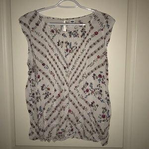 Old navy floral sleeveless top, large